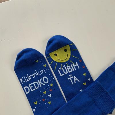 Maľované modré  ponožky s nápisom: