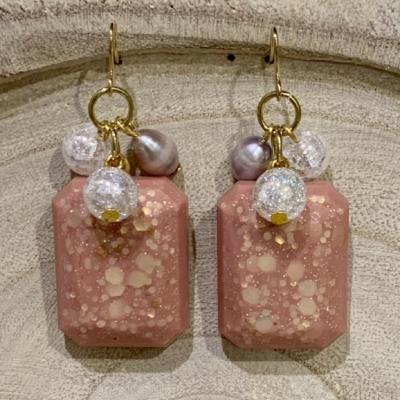 Krištáľ a perla