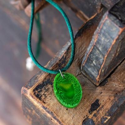 Náhrdelník Kúsok zelene