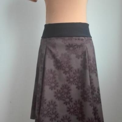 Jesenná šesťdielová sukňa