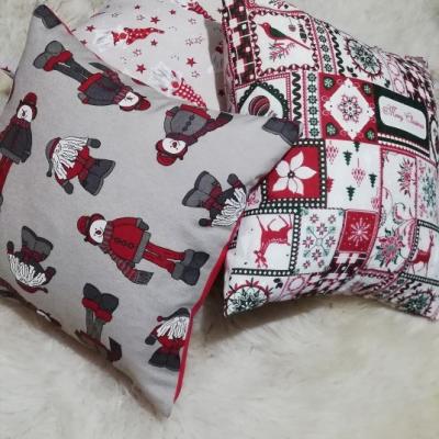 Vianočný vankúšik - snehuliaci