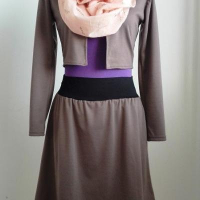 Midi/krátka sukňa