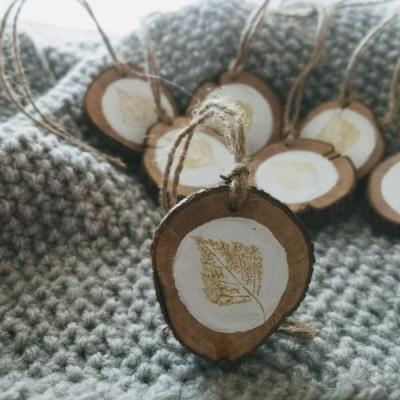 Drevené vianočné ozdoby Brezový list
