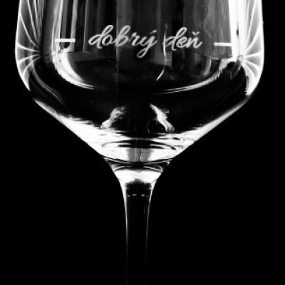 Neobyčajné vínove poháre