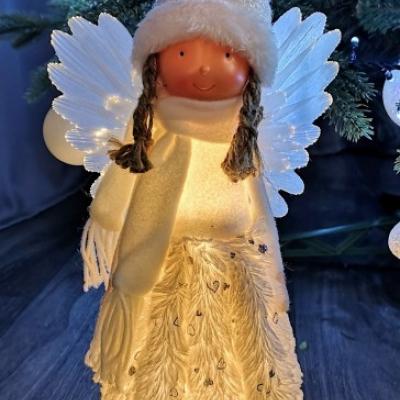 Svietiaci anjel
