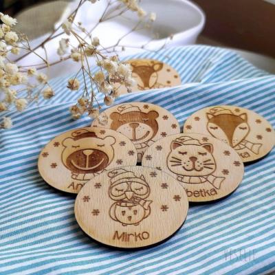Magnetky/ odznačiky pre deti . zimné zvieratká