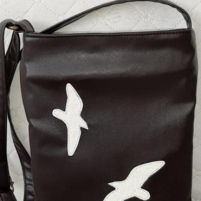 Crossbody kabelka s motívom - vtáci