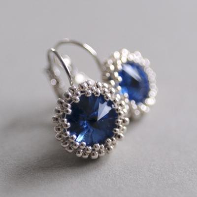 Modré elegánky