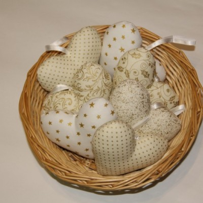 Srdiečka bielo - zlaté  8x8,5cm