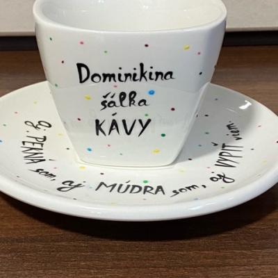 Dominikina šálka kávy