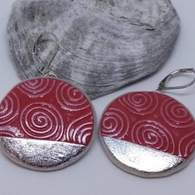Špirály v kruhu - červené