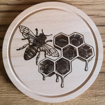 Lopárik včielka