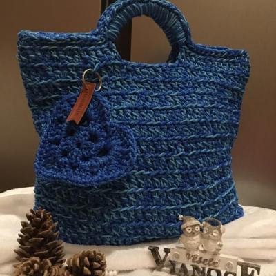 Háčkovaná kabelka do ruky