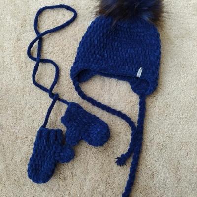Zimná čiapka a rukavice