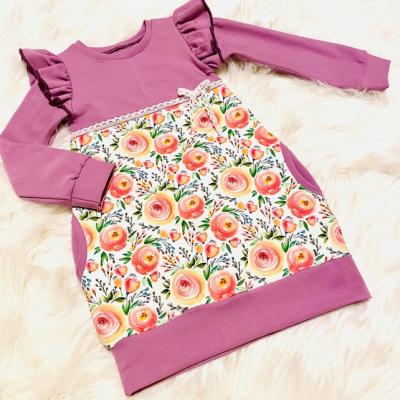 Jarné šaty s riasenými rukávmi