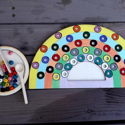 Hračka - farebný svet