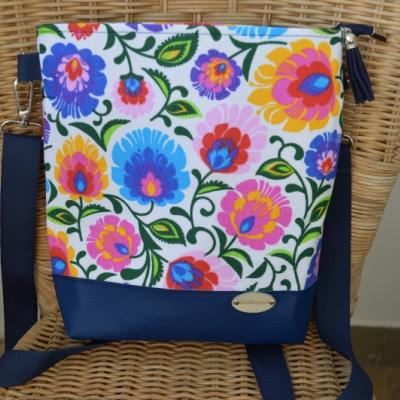 Crossbody kabelka kvety