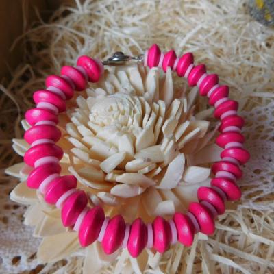 drevený náramok disky cyklámenovo ružový