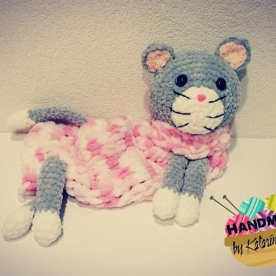 Pyžamožrút mačička