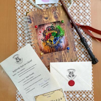 Špirálový Zápisník  A5 s tematikou Harry Potter + personalizovaný list z Rokfortu + lístok na Rokktforský expres