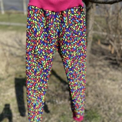 Softshellové nohavice farebné lístočky