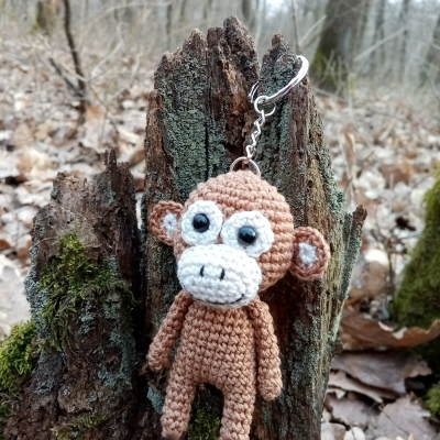Opička prívesok...