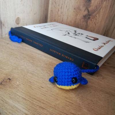 Háčkovaná záložka - velerybka
