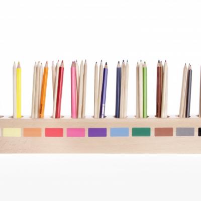 Stojan na pastelky - Montessori Novinka