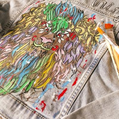 Ručne maľovaná riflová bunda