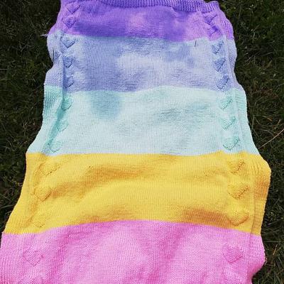 Dúhová deka so srdiečkami