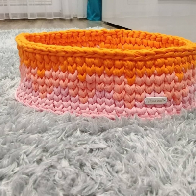 Háčkovaný košík