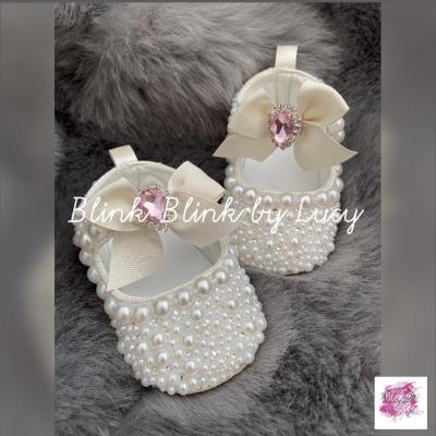 Detske Capačky: Perličkové capačky pre malú princeznú:)