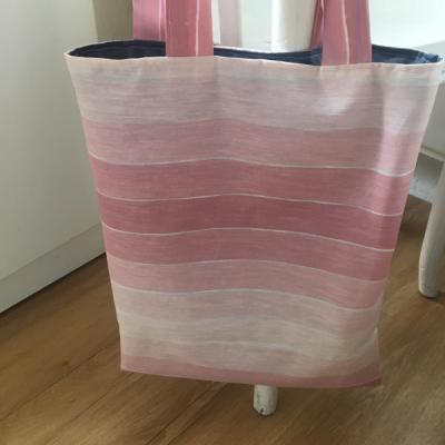 ružová púdrová taška