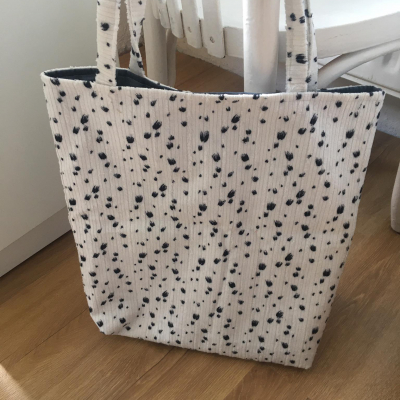 menčestrová taška so zvieracím vzorom
