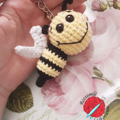 Kľúčenka včielka