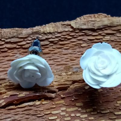 Biele ružičky
