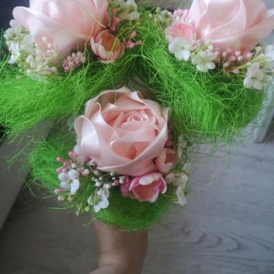 Saténová ružička pre pani učiteľku