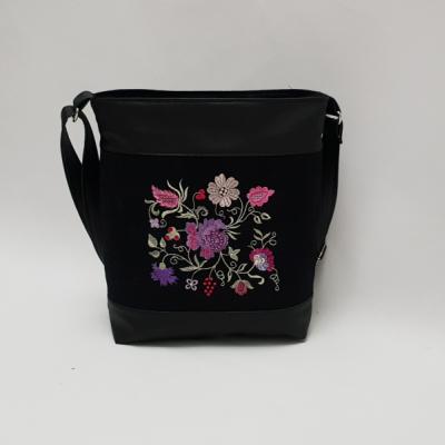 Crossbody kabelka ružovo-fialové kvety