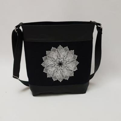 Crossbody kabelka Mandala - biela