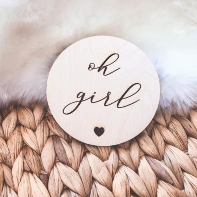 Drevený míľnik - Oh girl