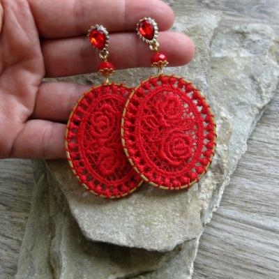 Elegantné čipkované ováliky (červené, č 3154)
