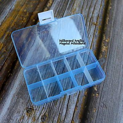 Plastová krabička na ukladanie gombíkov, očiek, noštekov