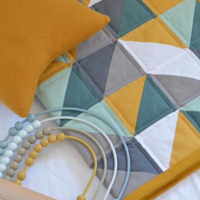 Patchwork deka pre bábätko Trojuholníky