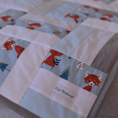 Patchwork deka pre bábätko, 75x100cm, Líšky modro sivá