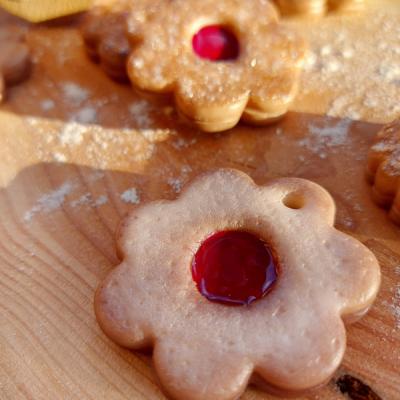 Vianočné ozdoby- linecké koláčiky