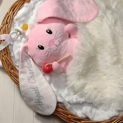Zajačik ružový Ušiačik s menom
