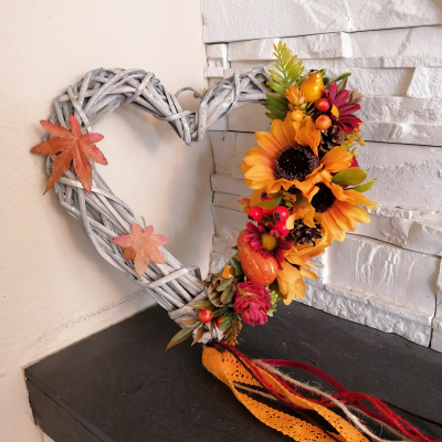 Jesenné srdce s krajkou 25cm