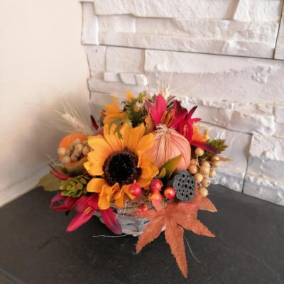 Jesenná dekorácia s cibuľou