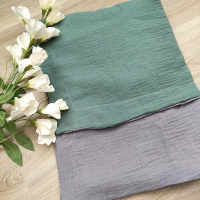 Obojstranná mušelínová deka šedo nile zelená