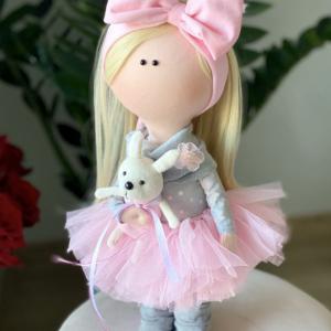 Juli.Doll